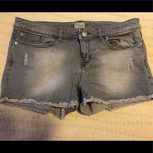 Gap distressed grey cutoff shorts